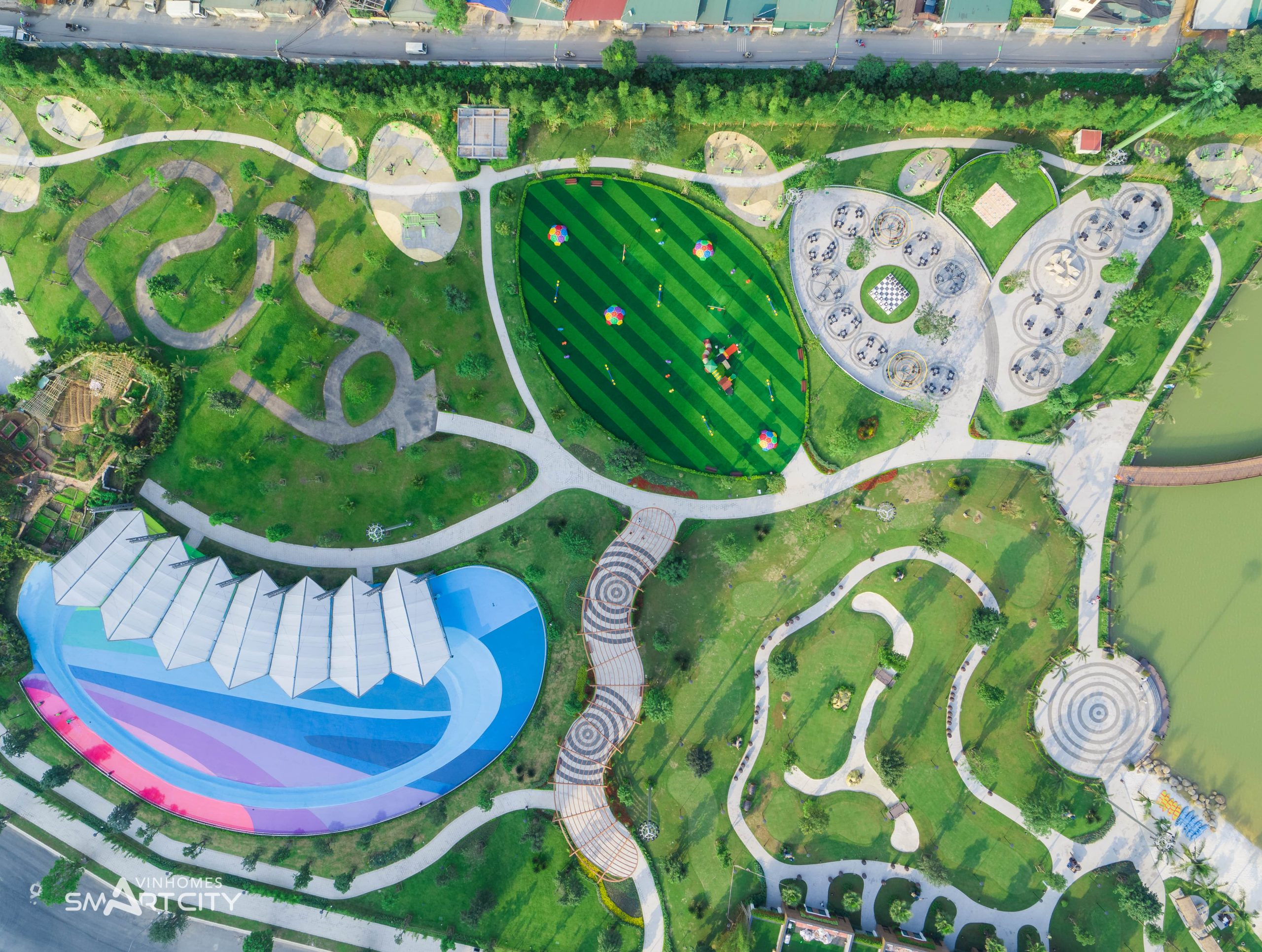 cong-vien-trung-tam-vinhomes-smart-city