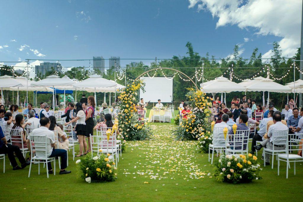 tiệc cưới tại vườn Nhật